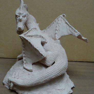 Dragon en terre cuite